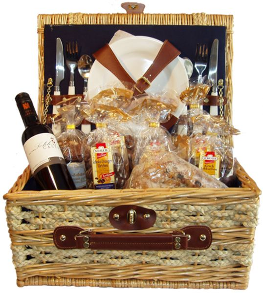 Geschenkkorb Picknick - mit Weihnachtslikör - ca. 2600g + 100ml